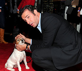 Ruff treatment for Uggie as he misses out on Oscars