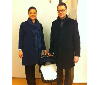 Princess Victoria leaves hospital with her new baby