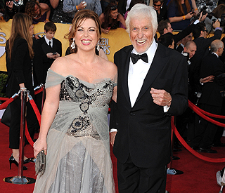 Dick Van Dyke, 86, weds 40-year-old makeup artist