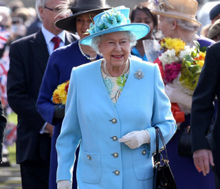 Diamond Jubilee: Queen visits three London boroughs