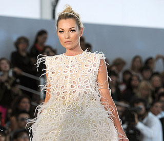 Kate Moss set to appear in Olympics fashion show