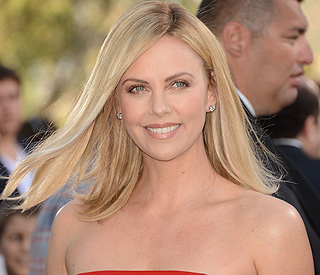 Charlize Theron spills beans on 'disaster date'