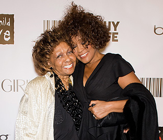Whitney Houston's mother to perform tribute