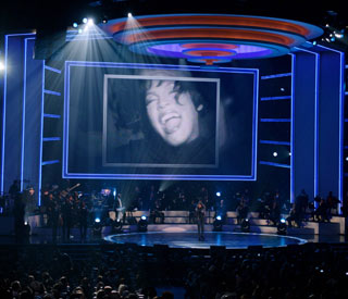 Stars join together for Whitney Houston tribute