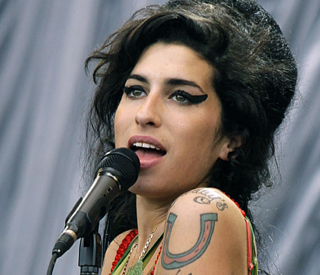 Amy Winehouse's wedding dress stolen