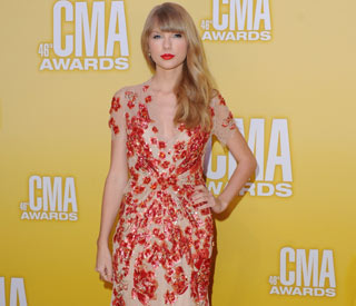 Taylor Swift dazzles at the CMA's