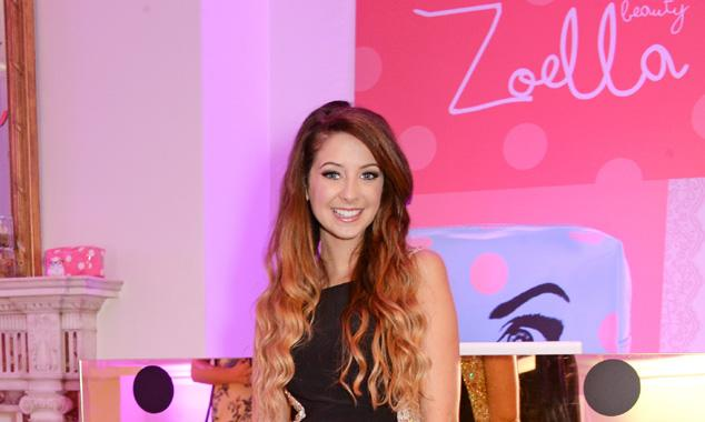 YouTube star Zoella has fastest-selling debut book ever
