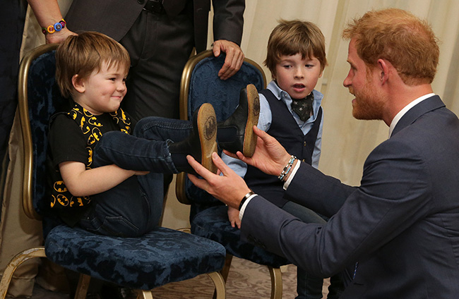 Prince Harry asked if he has 'any giraffes in his garden' at WellChild awards