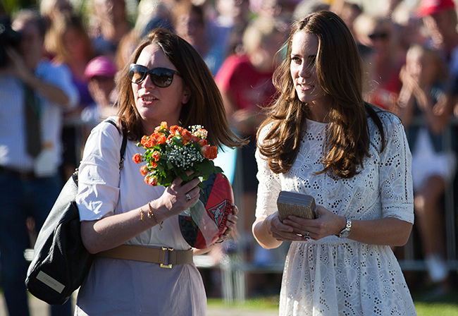 rebecca-deacon-and-kate-middleton-on-tour-of-australia-and-new-zealand