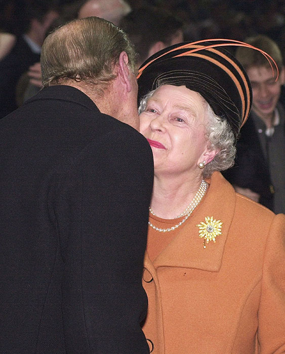 queen and prince philip kiss