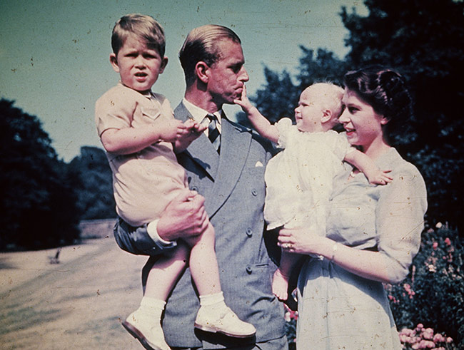 the-queen-prince-philip-prince-charles-baby