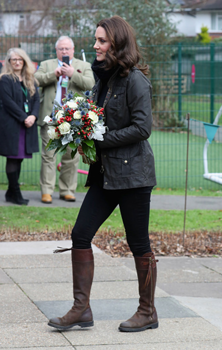 kate-middleton-robin-hood-full-length