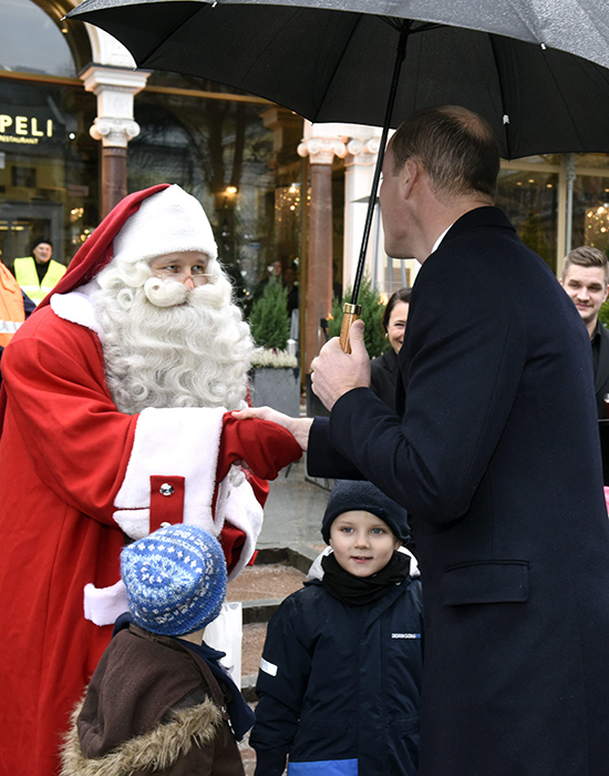 prince-william-meets-santa