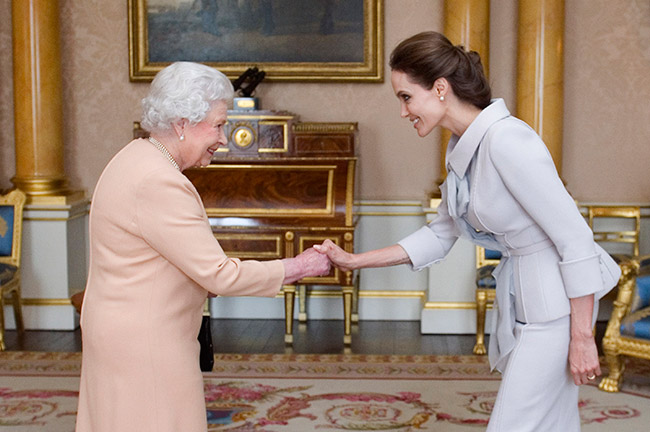 queen-elizabeth-angelina