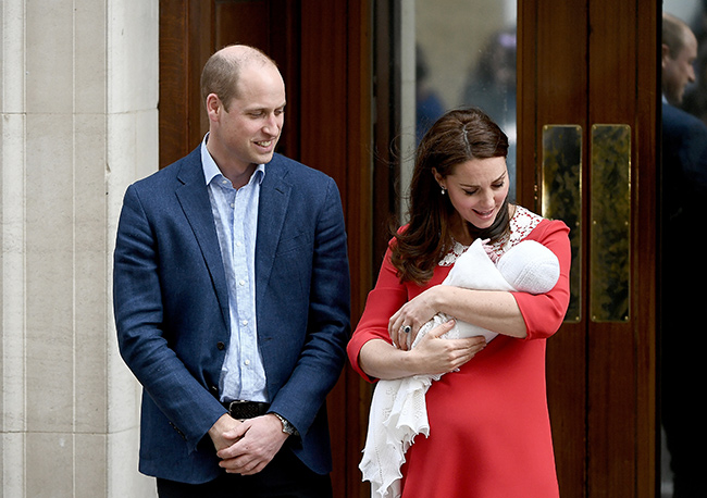 kate-middleton-prince-william-lindo-wing-third-baby
