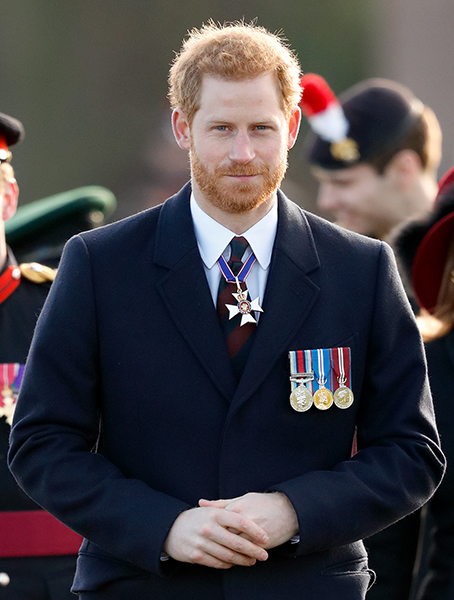 prince-harry-beard-and-army-medals