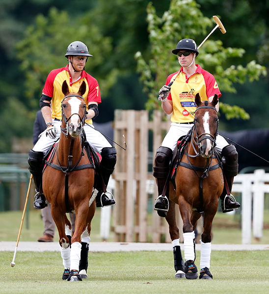 prince-harry-and-william-playing-polo-cirencester