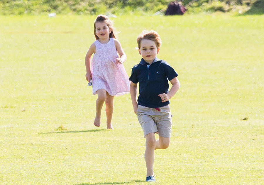 prince-george-princess-charlotte-running