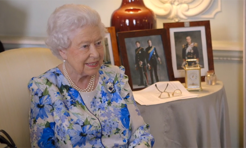 the queen stars in itv documentary