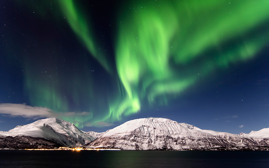 2-Northern-Lights-Norway