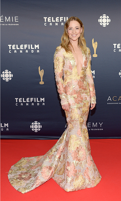 all the looks from the 2017 canadian screen awards red