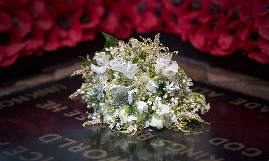 <h2>THE BOUQUET</h2>