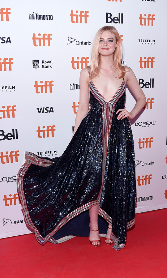 <h2>Elle Fanning</h2>