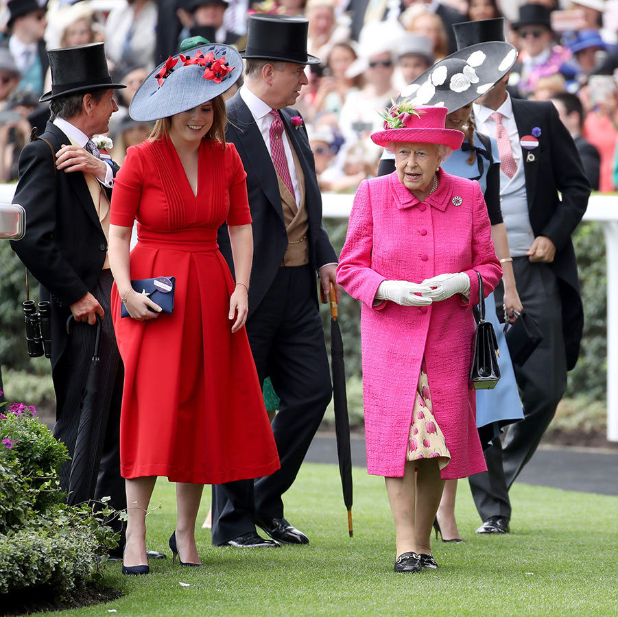 <h2>THE RECEPTIONS</h2>