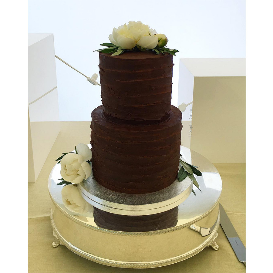 <h2>THE CAKE</h2>