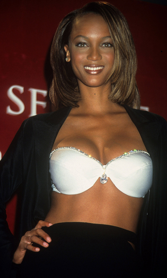 <h2>Tyra Banks, 1997</h2>