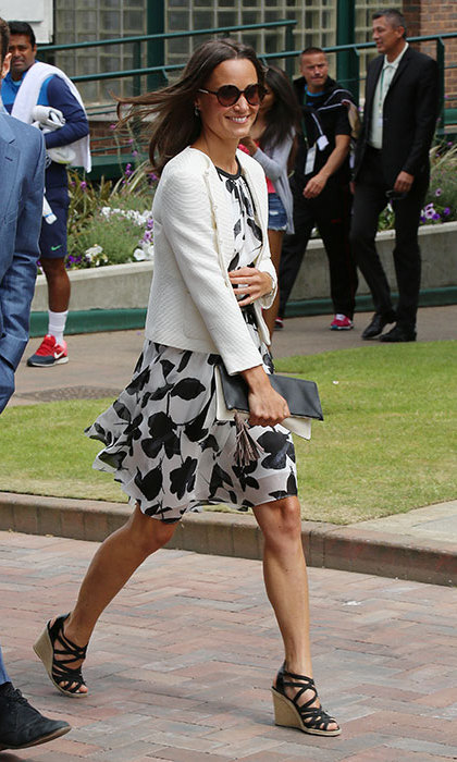 Pippa kept this patterned dress-and-blazer combo casual with some black strappy wedges.