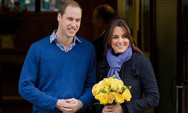 The rumor mill went into overdrive in the fall of 2012 when a change was noted in Kate's appearance. The duchess seemed to have a slightly fuller face and more color to her complexion, leading to speculation that she was pregnant with her first child. 