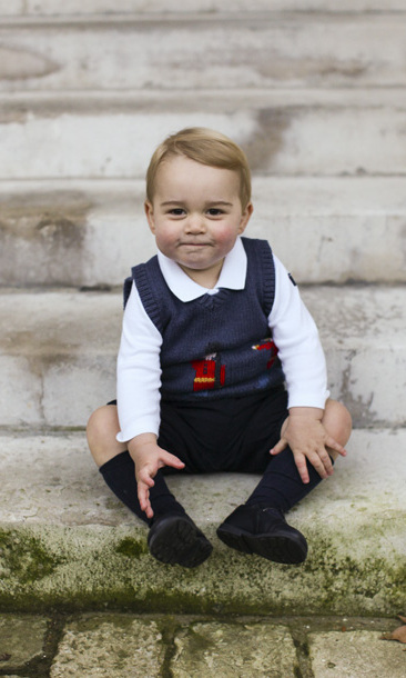 The Prince George effect: litte royal's sweater vest sold out