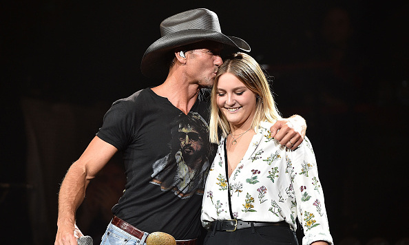 Tim McGraw, Faith Hill\'s daughter Gracie performs with dad in Nashville