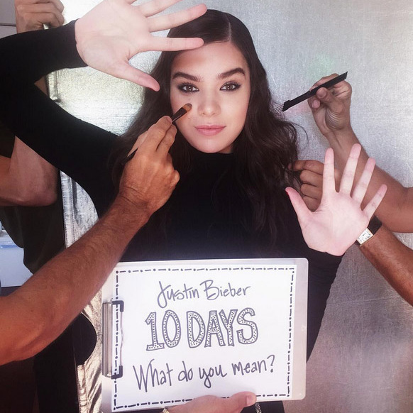 10 Days: Hailee Steinfeld