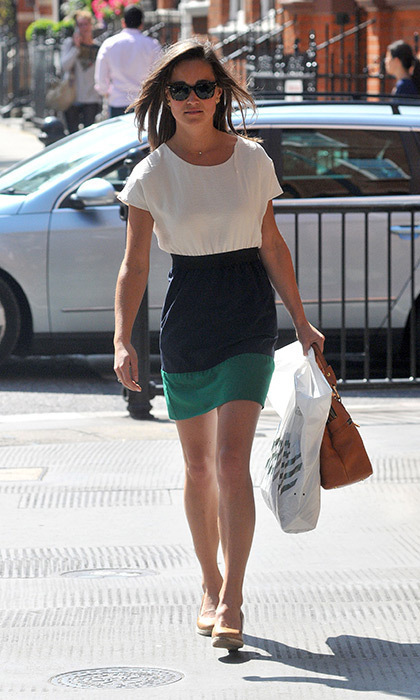 She's a street style star. Pippa looked lovely in a color-blocked dress while running errands.