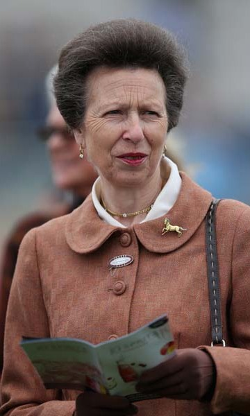 September 9: Princess Anne enjoyed a day at the J20 Spritz Stakes at the Doncaster Racecourse in Doncaster, England.  