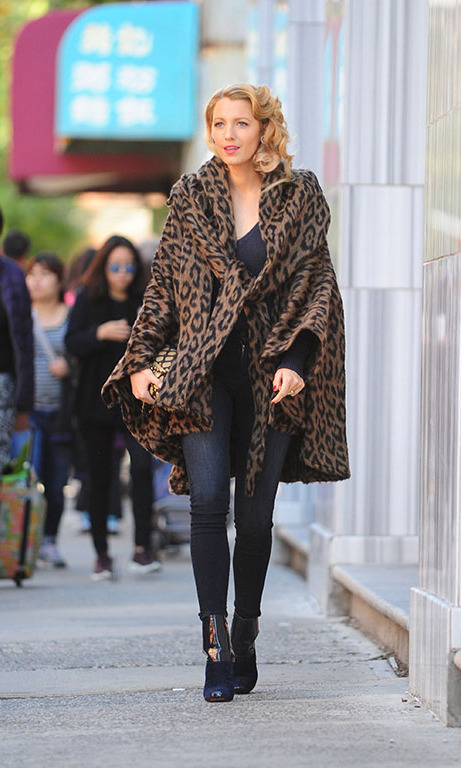 October 7: She can play any role! Blake Lively was spotted filming her latest project in NYC and rocking a Lindsey Thornburg coat with a One Grey Day Sweater to complement the city's fall weather. 
