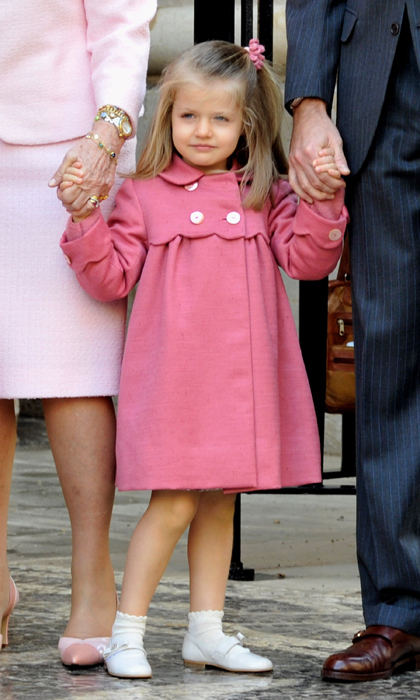 Pretty in pink again to attend Easter Mass at the Palma de Mallorca cathedral.<br>