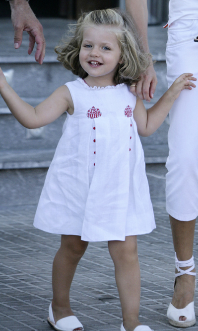 Wearing a cute cupcake dress for a day out during the royal family's summer vacation in Mallorca. <br>