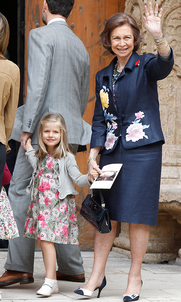 Princess Leonor donned pink and green florals to go to church with grandmother Queen Sofia. <br>