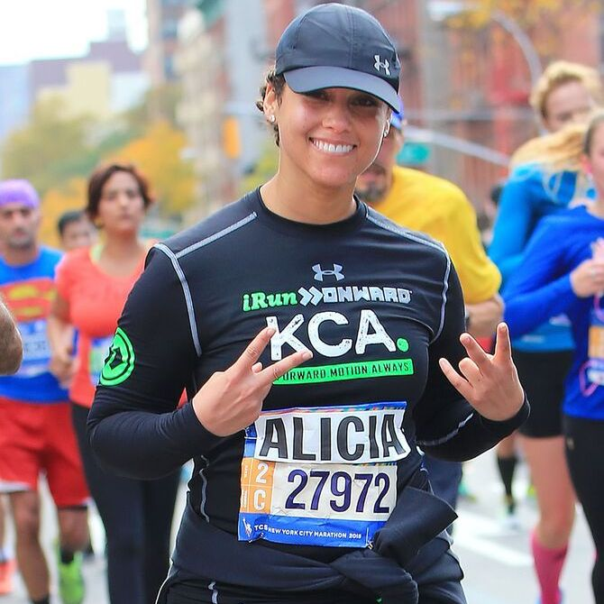 Glamour was the theme as some of the biggest celebs headed out in style this week. Here is a recap of some of the hottest moments from the InStyle awards, the amfAR Inspirational Gala and more. ​<br>