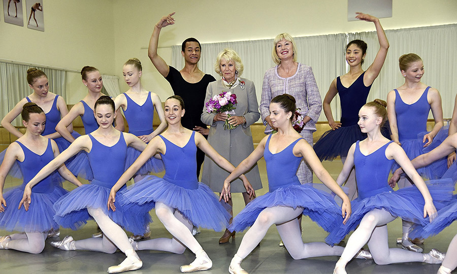 Picture Perfect! The Duchess of Cornwall and Lady Janine Mateparae posed with dancers during the visit. <br>