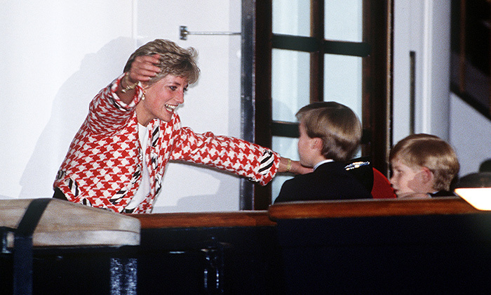 Princess Diana couldn't wait to have her boys, Princes William and Harry, in her arms during a visit to Toronto in 1991. 