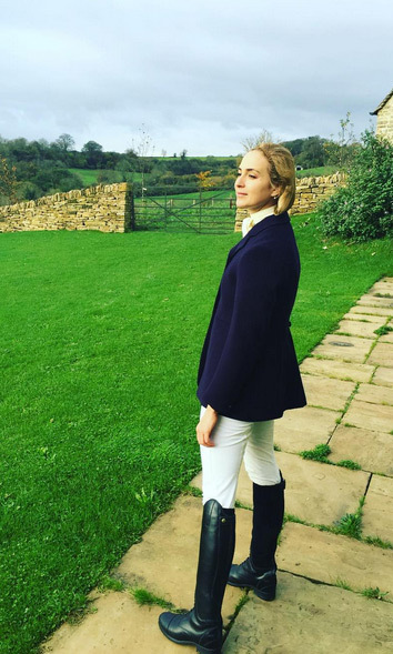 "Princess Elisabeth Von Thurn Und Taxis kept her hair in check as she went riding at her friend Plum Sykes' house, captioning this Instagram post: ""Taking in the view before mounting and muddiness!! thank you a million times over darling @therealplumsykes for the most fabulous day out on your awesome horse Jake (p.s.: also sort of digging my hairnet situation) #huntingchic.""