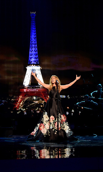 "Celine Dion delivered a tear-evoking performance of Edith Piaf's ""Hymne à l'Amour"" in tribute to the victims of the Paris terrorist attacks.