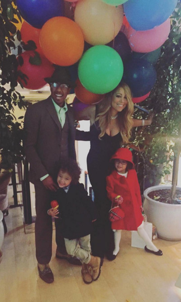 Mariah Carey and Nick Cannon reunited to enjoy Thanksgiving as a family.