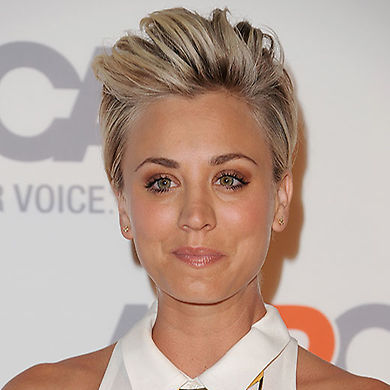 Whether you're rocking short bangs or growing out a shorter style, channel your inner punk like Kaley by sweeping your tresses backwards and backcombing at the roots for ultimate volume. Keep the sides super smooth and secure the look with hairspray.<br>