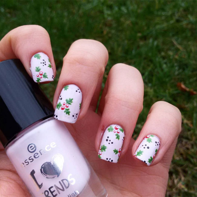 dont want santa or his helpers on your nails try this simple holly - Best Christmas Nail Design Ideas