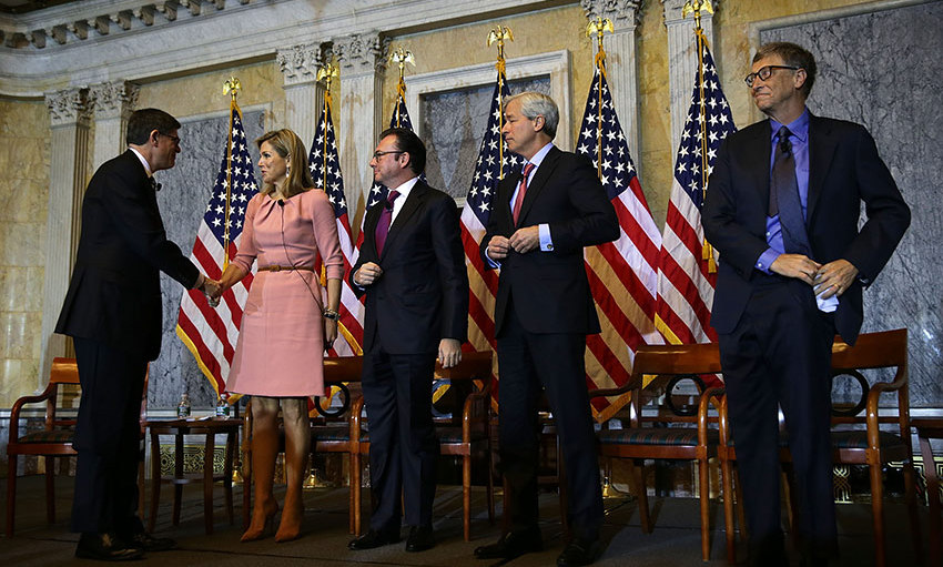 U.S. Secretary of the Treasury Jacob Lew met with Queen Maxima of the Netherlands as Mexican Secretary of Finance  Luis Videgaray Caso, JPMorgan Chase Chairman Jamie Dimon and Bill Gates looked on after a discussion during the Financial Inclusion Forum at the Treasury Department in Washington, D.C. <br>Photo: Getty Images